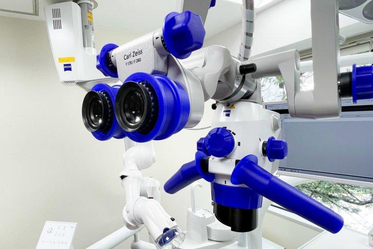 歯科手術用顕微鏡